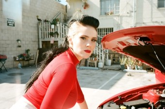 "Watch: Kate Nash's ""Sister"""