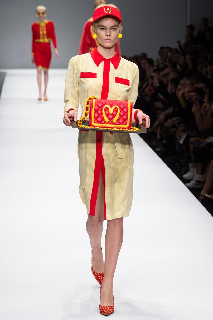 jeremy-scott-moschino-grungecake-red-quilted-handbag-thumbnail