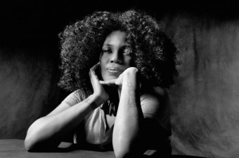 "Macy Gray Premieres Video For ""Bang Bang"""