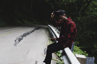 """Watch: Bryson Tiller's """"Sorry Not Sorry"""""""