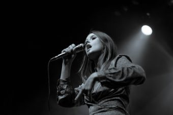 Featured Gallery: LÉON live at the El Rey Theatre (Los Angeles)