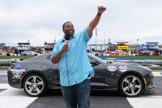 Kenan Thompson, 'SNL' star gives command at NASCAR race in Atlanta
